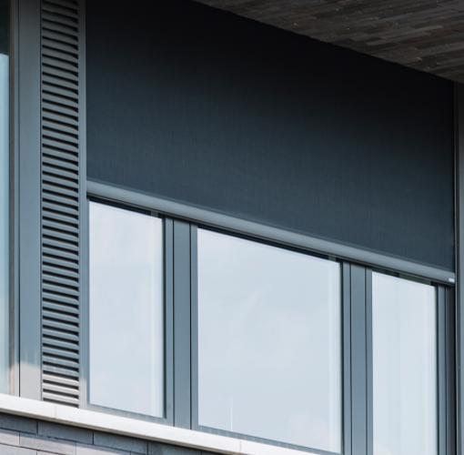 Placement de stores Renson Screens par Pasquarelli